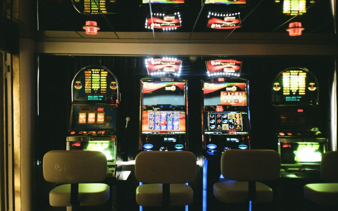 Calls For Gambling Act Review as Biggest Online Casinos Grow